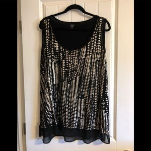 Silver and black sleeveless blouse 2x